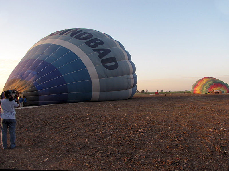 The balloon field - and our Sindbad balloon