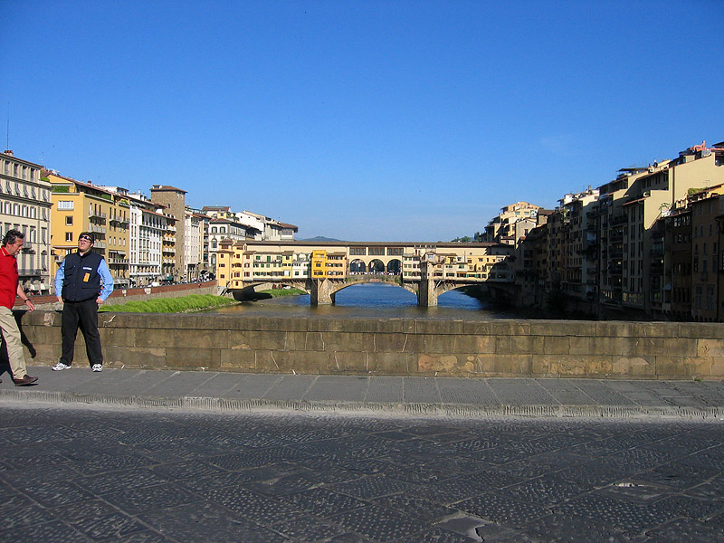 Later. Ponte Vecchio from Ponte Santa Trinita this time