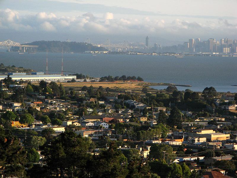 Closer look at San Francisco Bay Bridge, Treasure Island and the city