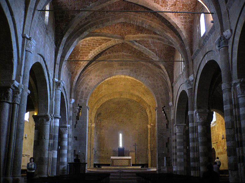 Sovena Cathedrals central nave.  Flash off
