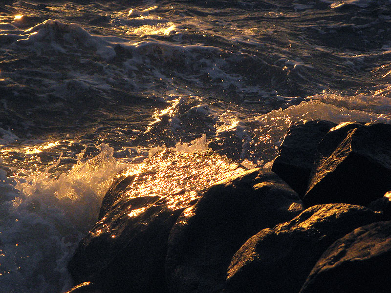 rocks & water mImg_1496