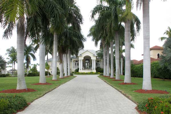 A Grand Driveway Entrance