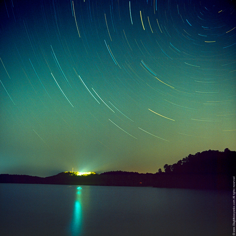 The Starry Night /1 hour long exposure/