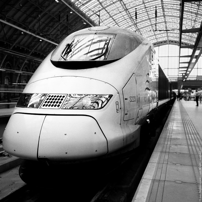 Eurostar High-Speed Train, St.Pancras Station, London