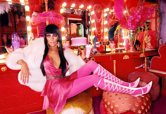 Christinas Dressing Room, 2003 (Christina Aguilera)