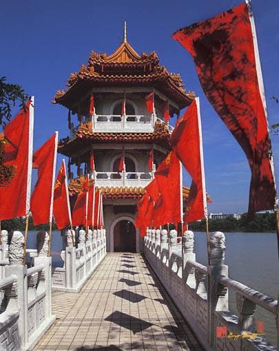 North Pagoda (19C)
