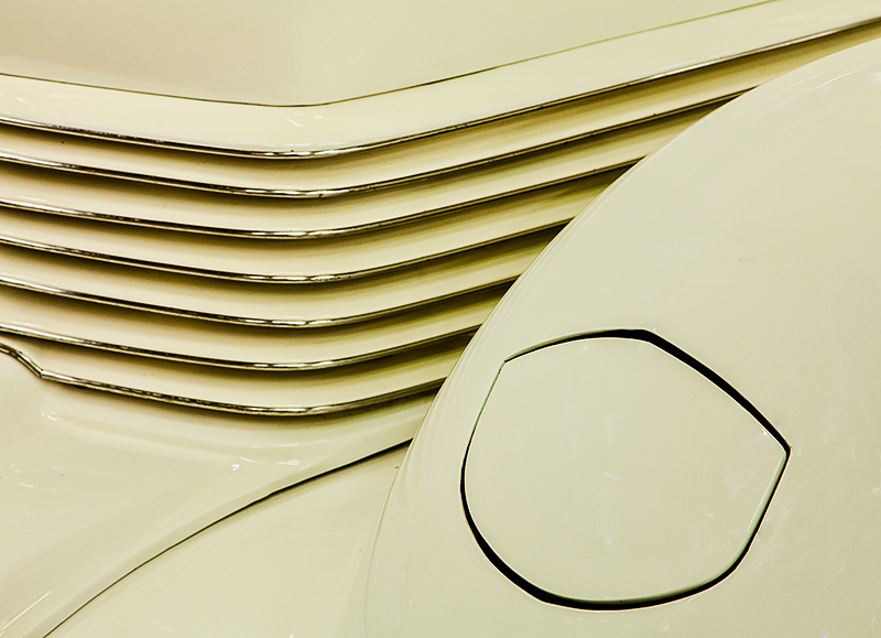 Cream colored front & gold grille.jpg
