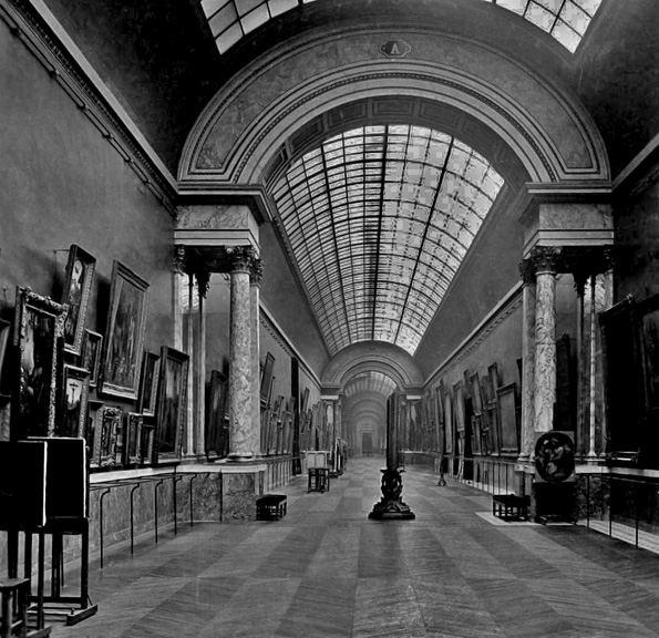1904 - The Rubens gallery in the Louvre