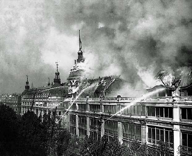 1881 - Au Printemps on fire