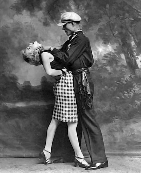 1920 - Apache dancers