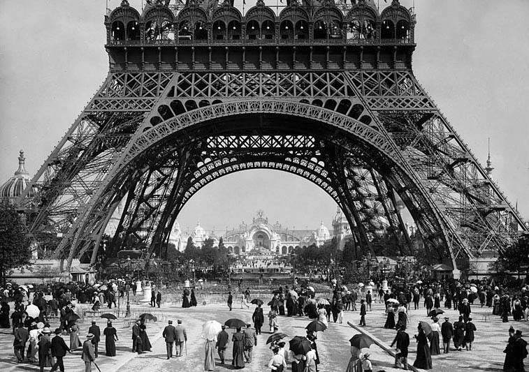 1900 - At the Exposition Universelle