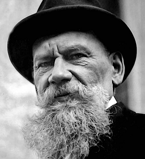 a comparison of lenins works with leo tolstoy