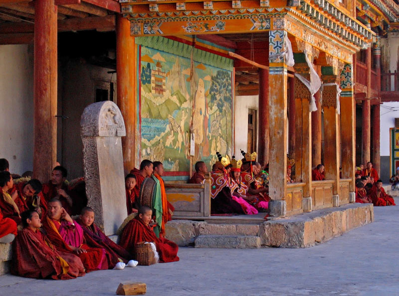 Ceremony at Dhondrupling gompa