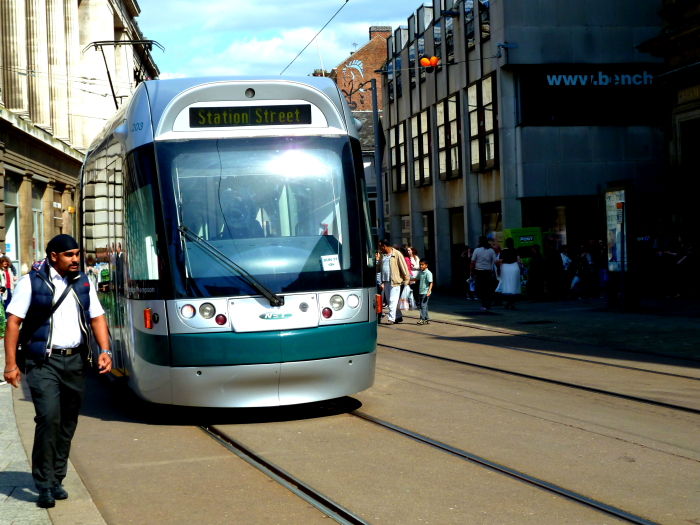 203 (2013) Bombardier Incentros AT6/5 Leaving Old Market Square