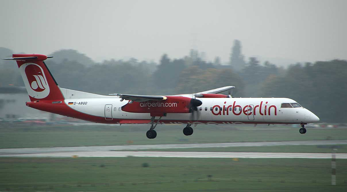 Air Berlin Dash-8-400 moments away from touching down in DUS, Oct 2013
