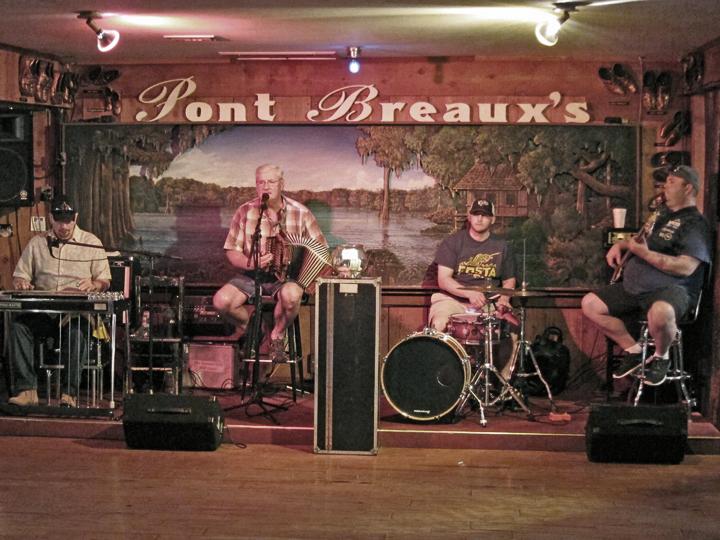 Live Cajun Music At Pont Breauxs Restaurant In Breaux Bridge Southwestern Louisiana