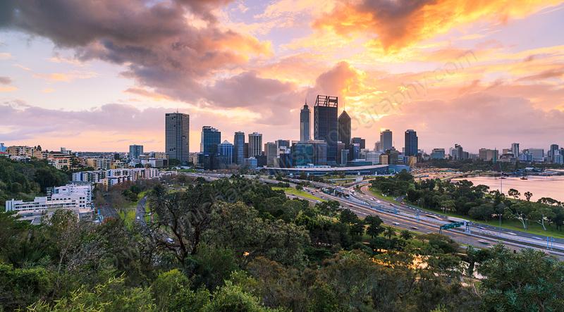 Perth Sunrise, 7th August 2013