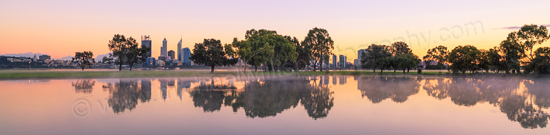 Sunrise by the Swan River, 28th August 2013