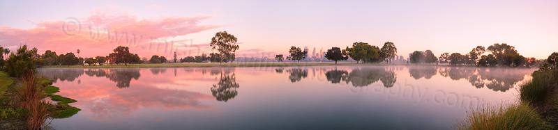 Sunrise by the Swan River, 8th September 2013