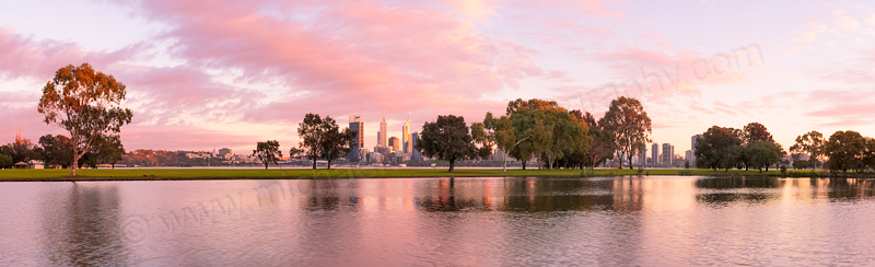 Sunrise by the Swan River, 10th September 2013