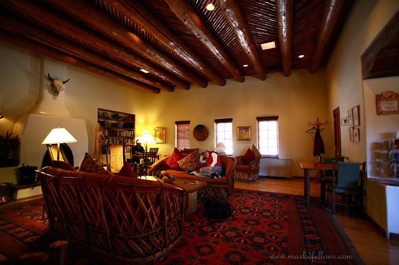 Alemeda-livingroom2