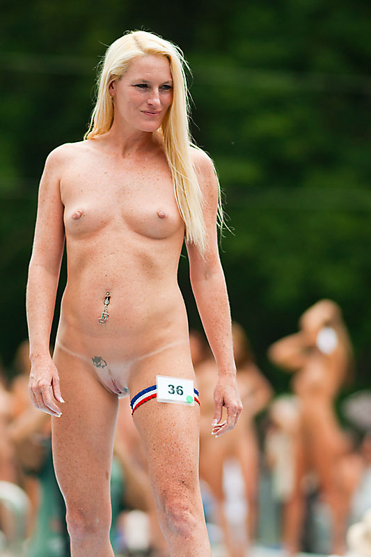 Indiana - Nudes A Poppin 2013 - Hollywood Honey