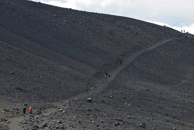 The way to Hverfell Crater
