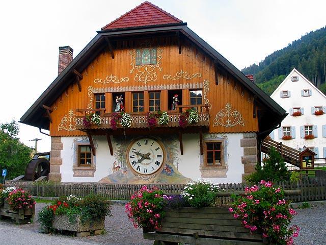 BREITNAU CLOCK HOUSE