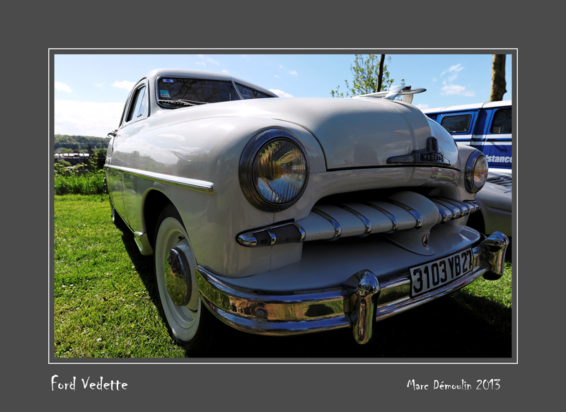 FORD Vedette Bernay - France