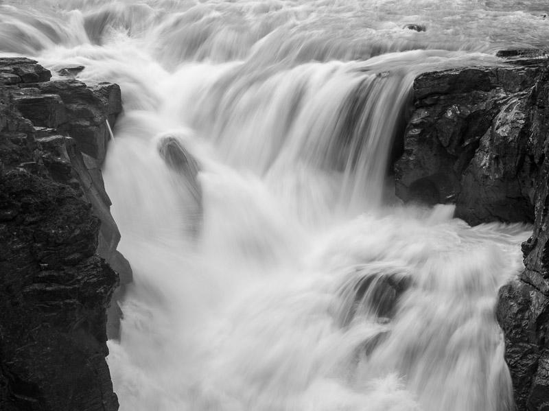 20130513_Sunwapta Falls_0105.jpg