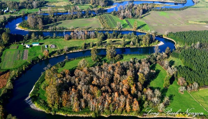 Meandering Snoqualmie River, Pleasant Hill, Washington
