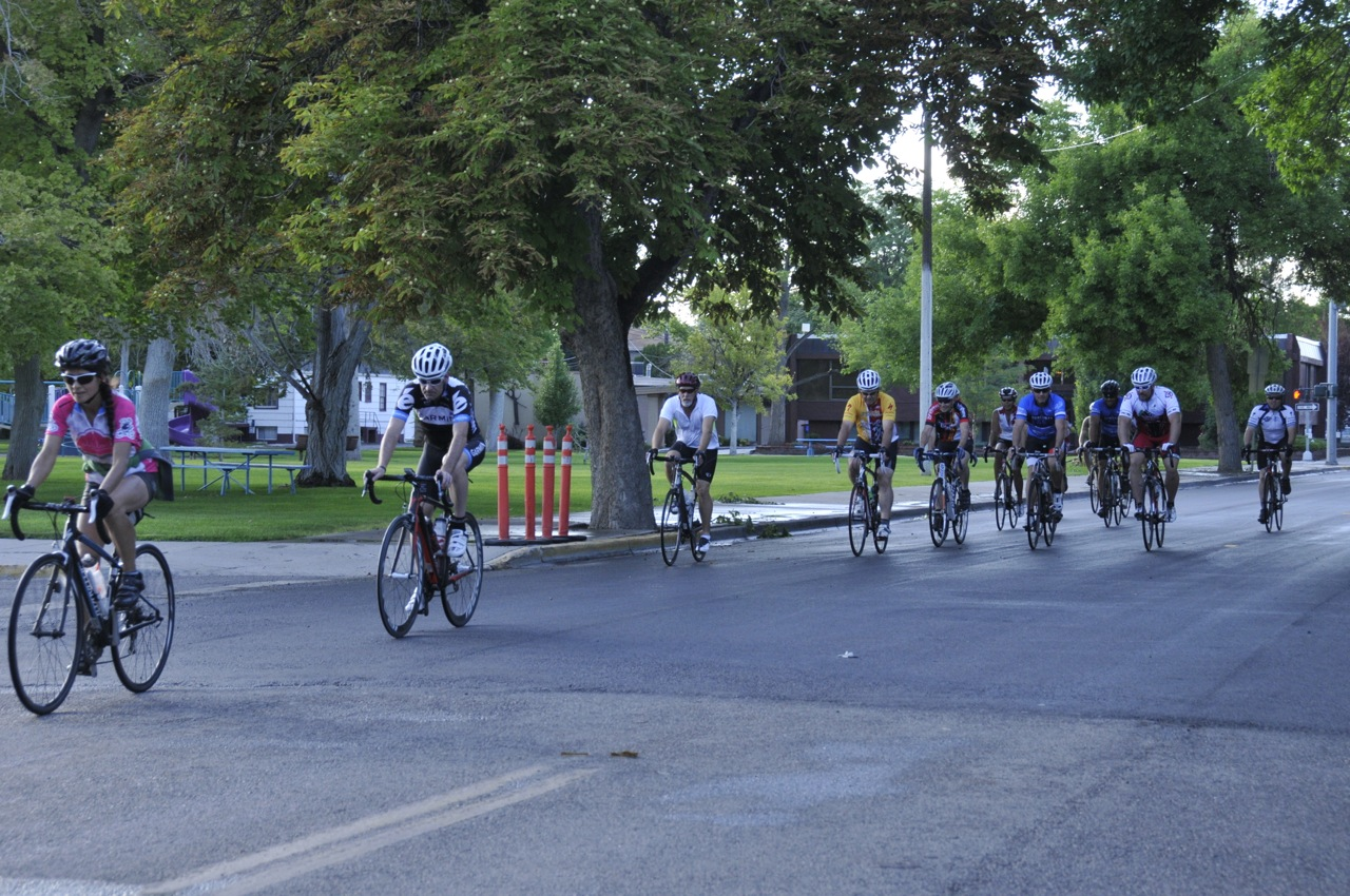 Cyclists in Pocatello _DSC1428.jpg