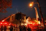 DSC07638.jpg 3am fire in my neighborhood...all safe..many images later in...