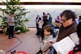 Childrens' christmas tree service