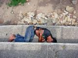 http://www.elespectador.com/economia/articulo157682-colombia-hay-ocho-millones-de-indigentes