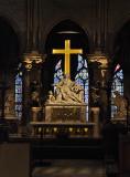 Cathédrale Notre Dame de Paris - Mary and Jesus at foot of Cross