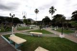 Parque Central y al Fondo Edicifio de la Municipalidad