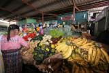 Venta de Fruta y Verdura en el Mercado