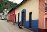 En el Poblado se Pueden Observar Casas de Construccion Antigua