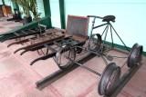 Vehiculo Utilizado por el Reparador de los Hilos de Radiocomunicacion