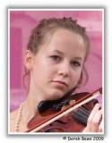 Fringe Violinist