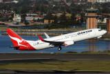 QANTAS BOEING 737 800 SYD RF IMG_8777.jpg