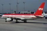 LTU BOEING 757 200 MUC RF 1554 16.jpg