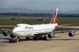 PHILIPPINES BOEING 747 200 MEL RF 829 11.jpg