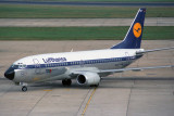 LUFTHANSA BOEING 737 300 LHR RF 105 30.jpg