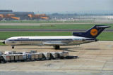 LUFTHANSA BOEING 727 200 LHR RF 054 21.jpg