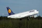 LUFTHANSA AIRBUS A319 FRA RF 1765 10.jpg