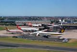 SYDNEY AIRPORT DEC 87 RF 116 28.jpg
