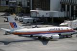 UNITED BOEING 737 300 LAX RF 513 16.jpg
