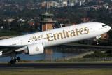 EMIRATES BOEING 777 300 SYD RF IMG_1389.jpg